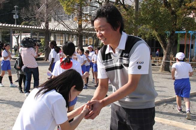 高知県で行われたチャリティイベントに出席