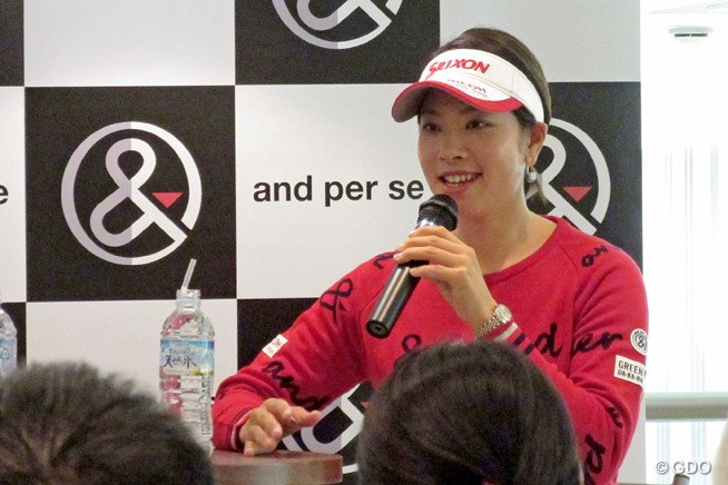 都内でトークイベントを行った森田理香子。