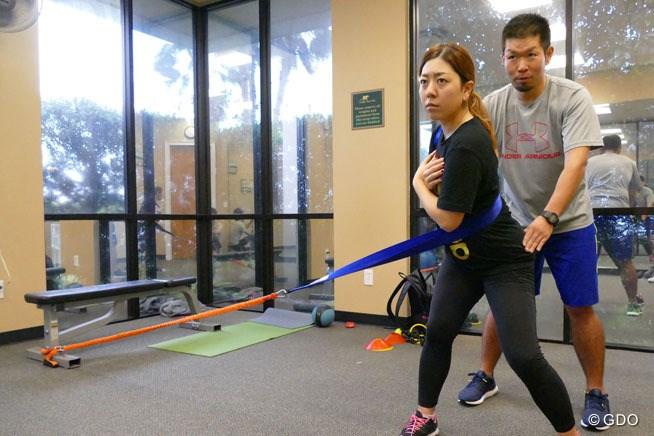 工藤健正トレーナーとオフのトレーニングに