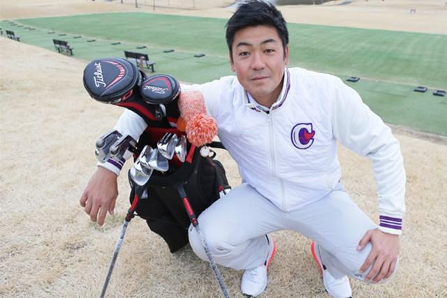 パートナーは、学生時代から知る癸生川プロ。得意クラブはSW。ショットの多彩さを武器とする