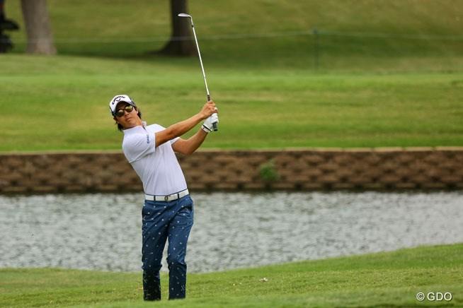 石川遼は2日目にスコアを伸ばしたが、予選