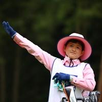 好きな人にはたまらないファー。 2017年 日本ツアー選手権 森ビル杯 Shishido Hills 初日 川村昌弘キャディ