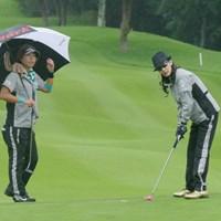 ディフェンディングチャンピオンの穴井詩は萬田久子さんとプロアマ戦をラウンドした 2017年 ゴルフ5レディス 事前 穴井詩
