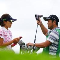 「おねえちゃん!これなら千円にまけとくよ。」 2017年 ゴルフ5レディス プロゴルフトーナメント 2日目 藤田光里