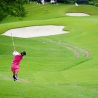 朝イチのセカンドは左ラフから。 2017年 ゴルフ5レディス プロゴルフトーナメント 2日目 藤田光里?