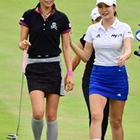 主催者さんのはからいによるペアリングなそうな…。女子ゴルフ界もここまで来ました! 2017年 マンシングウェアレディース東海クラシック 初日 アン・シネ、金田久美子