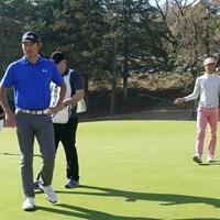 プレーは小鯛竜也に代わったものの、18ホールを帯同したチャン・キム 2017年 ゴルフ日本シリーズJTカップ 事前 チャン・キム