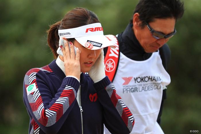 今日は耳がちぎれてしまうぐらい寒かった件 2018年 ヨコハマタイヤゴルフトーナメント PRGRレディスカップ 初日 福田真未