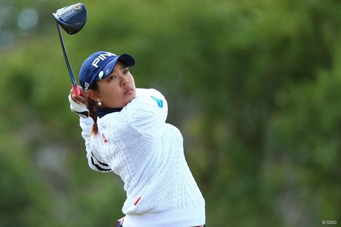 賞金女王は5位タイのスタート 2018年 ヨコハマタイヤゴルフトーナメント PRGRレディスカップ 初日 鈴木愛
