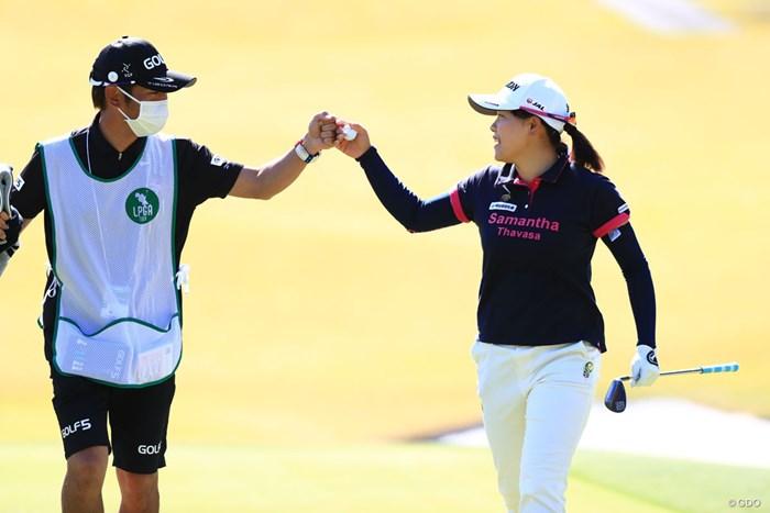 16番カラーからバーディ、やるな~ 2018年 アクサレディスゴルフトーナメント in MIYAZAKI 初日 勝みなみ