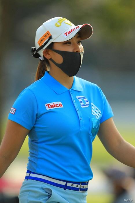 さすがに黒いマスクは怖すぎです 2018年 ヤマハレディースオープン葛城 事前 竹内美雪