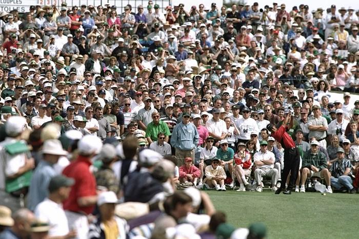 マスターズが米国南部のイベントであるのも、また事実だ(Steve Munday /Allsport/Getty Images) 1997年 マスターズ 最終日 タイガー・ウッズ