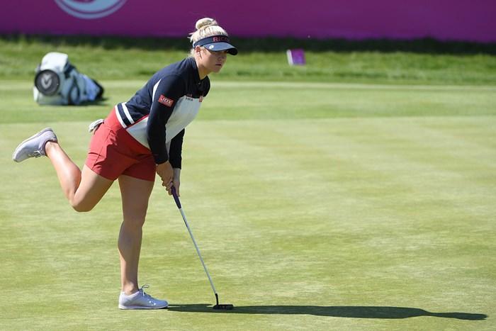 決勝に進んだイングランド女子のチャーリー・ハル(Ross Kinnaird/Getty Images) 2018年 ゴルフシックス 初日