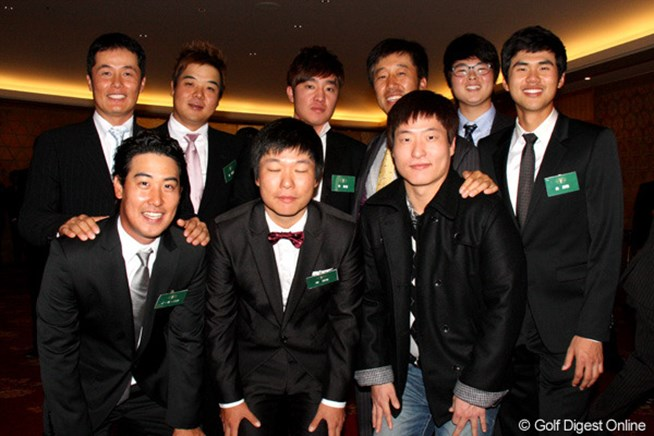 隆盛めざましい韓国勢が集合。後列右から3