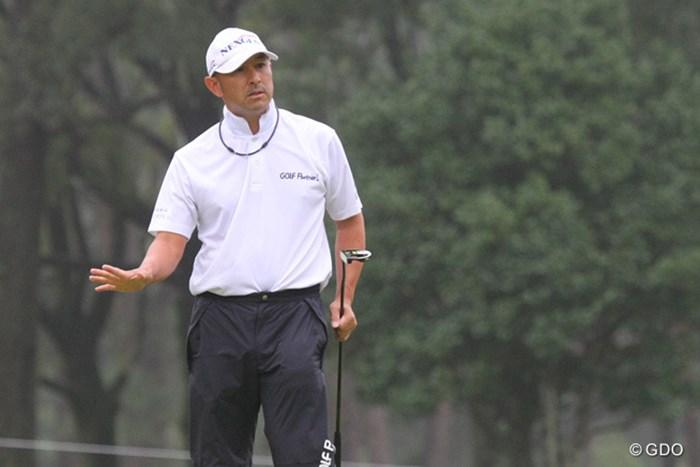 「止まって止まって」ボールは止まったが、スコアは止まらず+4で予選落ち 2013年 ブリヂストンオープンゴルフトーナメント 2日目 すし石垣